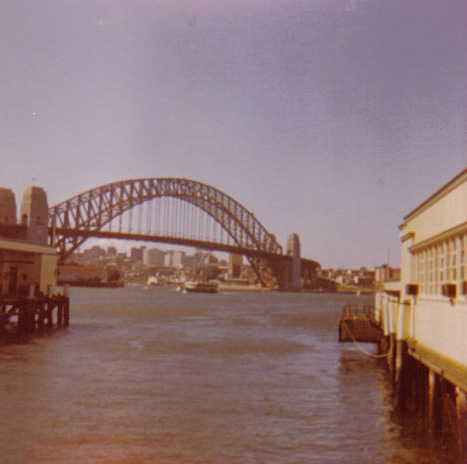 a_view_from_circular_quay_photo_r_compe_293_290.jpg