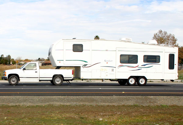 fifth-wheel-02.jpg