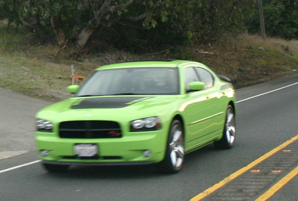 Dodge-Charger-RT-02.jpg